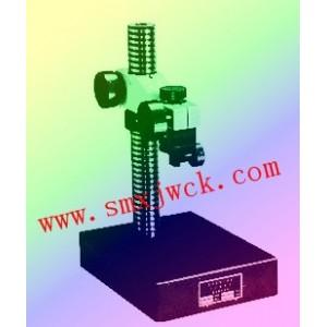 有两个支臂可装夹扭簧表、百分表、千分表、杠杆表、电感测量头供